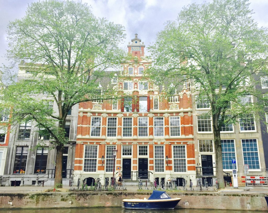 Beautiful house in Amsterdam close to the canal